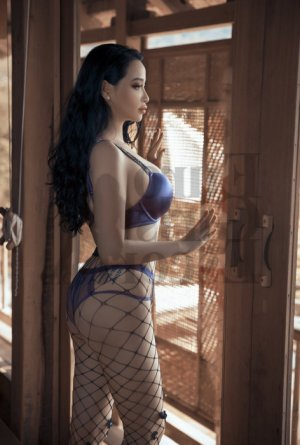 Samirah escort in Tupelo & massage parlor
