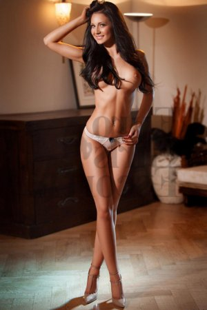 Nadine live escorts & nuru massage