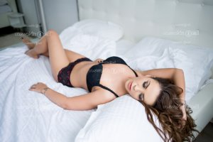Meline escort girl in Corning New York & nuru massage