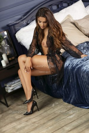 Brytanie erotic massage and escorts