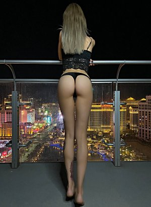 Karyn thai massage and live escorts